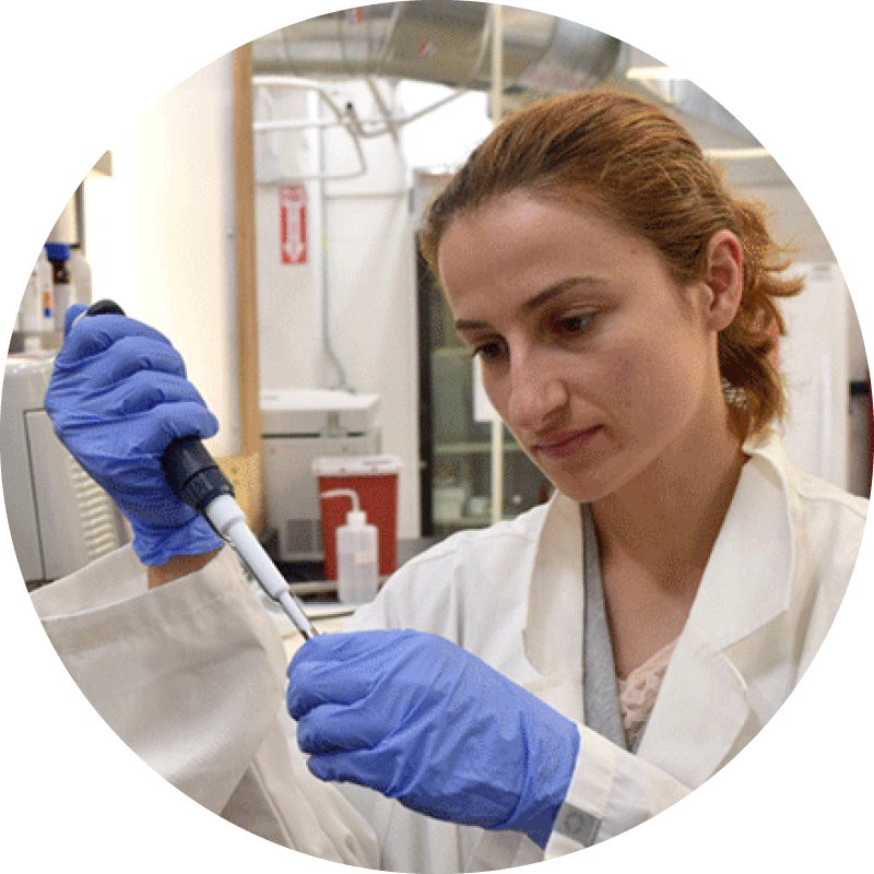 Andra Necula conducting cultured meat research at New Age Meats | Source: New Age Meats