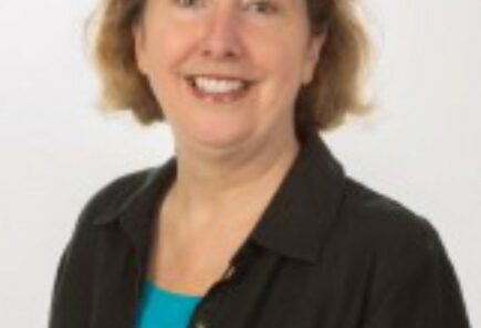 Julia Hart headshot